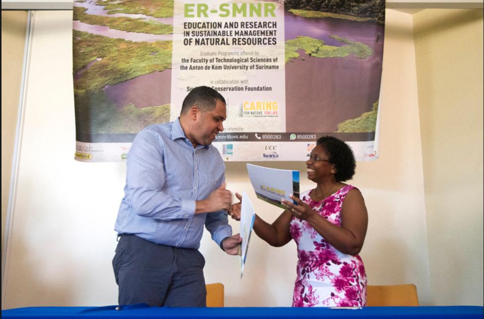 ER-SMNR cofinanciering ondertekening SCF Bryan Renten Henna Uiterloo.
